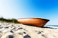 Fartyg på strand Royaltyfri Fotografi