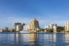 Fartyg på strand returnerar i Fort Lauderdale Arkivfoton