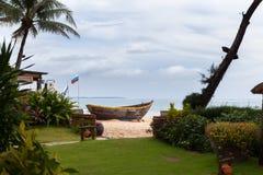 Fartyg på stranden vietnam Royaltyfri Bild