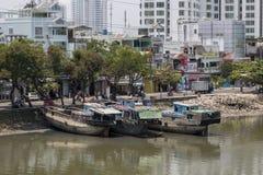 Fartyg på den Saigon floden Royaltyfria Foton