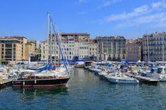 Fartyg som förtöjas i den Marseille hamnen Fotografering för Bildbyråer