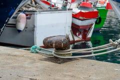 Fartyg som förtöjer i spansk port Royaltyfria Bilder