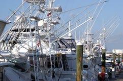 fartyg som fiskar marinaen Arkivbild