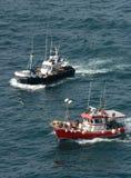 fartyg som fiskar spain Arkivfoton