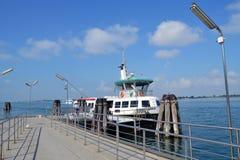 Fartyg till Venedig Royaltyfri Bild