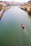 Fartyget flottörhus på floden Douro, Porto, Portugal Arkivbilder
