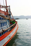 Fartyget går till havet Arkivfoto