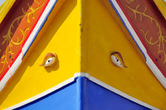 fartyget kallade luzzu maltese traditionellt royaltyfri fotografi