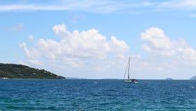 fartyget seglar Royaltyfria Bilder