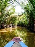 Fartyget turnerar på den Mekong deltan på min Tho, Vietnam Arkivbilder