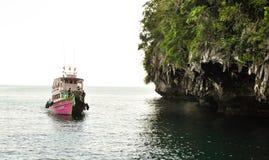 Fartyget turnerar Thailand Royaltyfri Bild