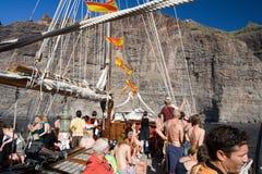 fartyget turnerar turisten Arkivfoton