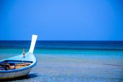 fartyglongtail thailand Royaltyfri Bild