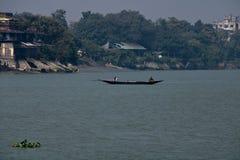 Fartygritt på floden Ganges arkivbilder