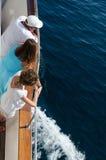 Fartygtur på en segelbåt Arkivbild