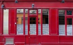 Fasad av byggnad i Paris royaltyfria foton