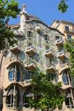 Fasad av casaen Batllo Arkivbild