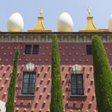 Fasad av Dali Museum i Figueres Royaltyfria Bilder