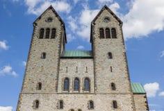 Fasad av den Abdinghof kyrkan i den historiska mitten av Pader Royaltyfri Fotografi