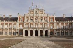 Fasad av den kungliga slotten i Aranjuez royaltyfria bilder