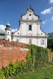 Fasad av den SKalka kyrkan i Cracow, Krakow, Polen royaltyfri fotografi