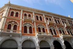 Fasad av den storslagna slotten av Debite i Padua i Veneto (Italien) Arkivfoto