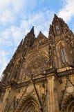 Fasad av den Vitus domkyrkan, Prague Royaltyfri Foto