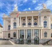 Fasad av den Zurich operahuset Royaltyfria Foton