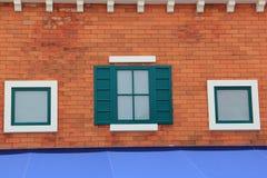 Fasad av det gamla italienska huset Arkivbild