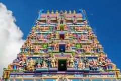 Fasad av en hinduisk tempel i Victoria, Seychellerna Royaltyfri Fotografi