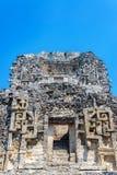 Fasad av en Mayan tempel arkivbilder