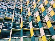 Fasad av en modern byggnad i viñaen Del Mar, Chile Royaltyfri Bild