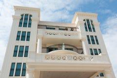 Fasad av ett hotell i Valencia, Spanien Arkivfoto