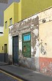 Fasad av ett hus Arkivfoto