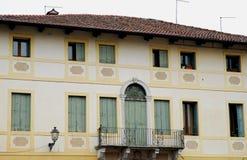 Fasad av ett hus i Marostica i Vicenza i Veneto (Italien) Arkivfoto