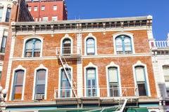 Fasad av historiska hus Royaltyfri Foto