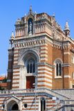 Fasad av neo-gotiskt vår dam av Lourdes Church Rijeka Croatia Arkivfoton