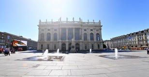 Fasad av Palazzo Madama den kungliga slotten i Turin arkivfoton