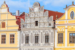 Fasad av renässanshus i Telc, Tjeckien (en UNESCO w Fotografering för Bildbyråer