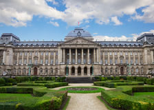Fasad av Royal Palace i Bryssel Arkivbild