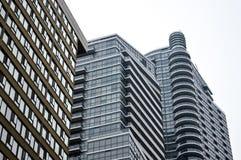 Fasad av svarta glass skyskrapor i Toronto Royaltyfri Foto
