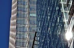 Fasad för Glass fönster Arkivbilder