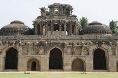 Fasad för hinduisk tempel, Hampi, Indien Arkivbild