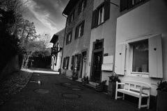 Fasad i svartvita Staufen im Breisgau Schwarzwald Tyskland fotografering för bildbyråer