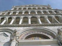 Fasada bazylika w Pisa fotografia royalty free