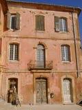 Fasada budynek, Rousillon, Francja Zdjęcia Royalty Free
