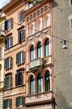 Fasada cywilny pałac w Rzym Fotografia Stock