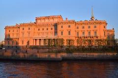 Fasada Mikhailovsky inżynierów kasztel i rzeka Obraz Royalty Free