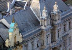 Fasada stary miasto budynek na zakazu Jelacic kwadracie w Zagreb zdjęcia royalty free
