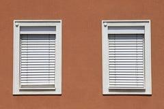 Fasada z zamkniętymi okno Zdjęcie Royalty Free